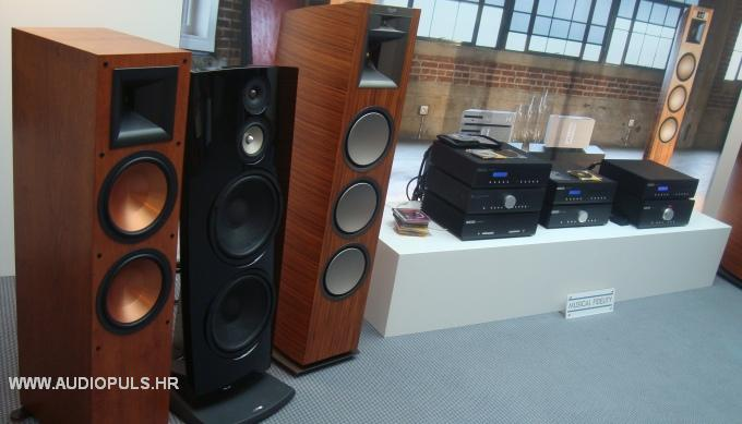 audiopuls high end show munchen 2011 show report. Black Bedroom Furniture Sets. Home Design Ideas