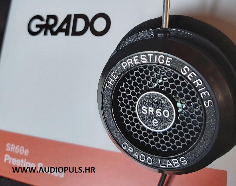 Grado SR60E, headphone and the box